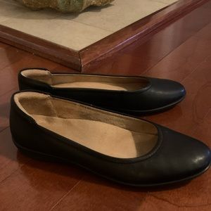 Women's Naturalizer shoes